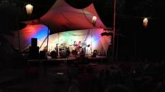 Anna & Die Band im Aufbau   3. Internationale Singer/Songwriter-Nacht in Halle   mit Volker am Bass und Toralf am Akkordeon